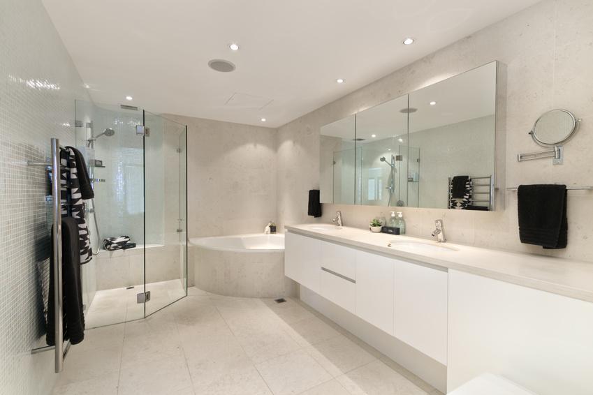 Bathroom Renovation Hawaii bathroom | armoire de cuisine | cuisine sur mesure